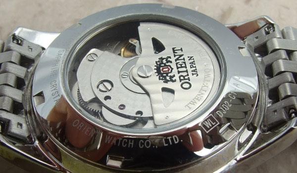 Обзор часов Orient DJ02003W GMT