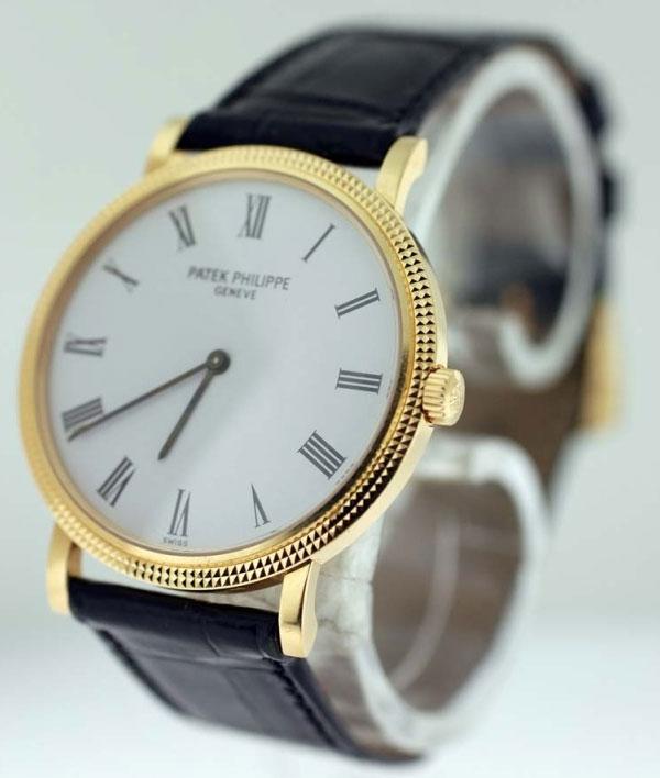 Обзор брендовых часов Patek Philippe Calatrava 5120J