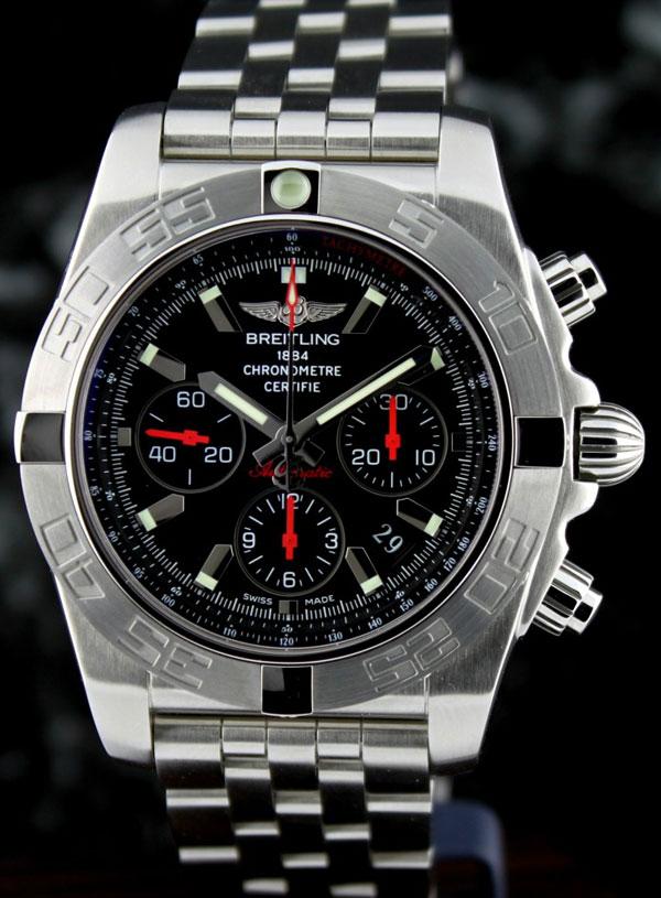 Обзор брендовых часов Breitling Chronomat 44 Limited