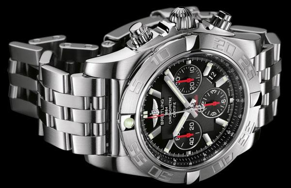 Обзор брендовых часов Breitling Chronomat 44