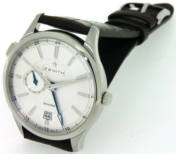 Обзор часов Zenith Captain Dual Time