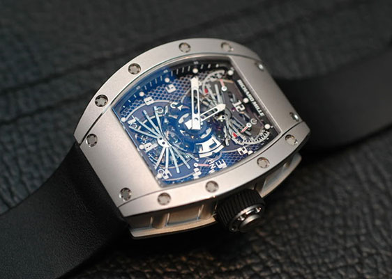 Обзор наручных часов Richard Mille RM022 Tourbillon Aerodyne Dual Time Zone