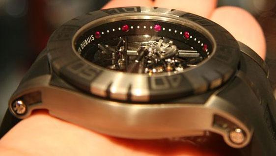 Обзор наручных часов Roger Dubuis Easy Diver SED Tourbillon Limited Edition