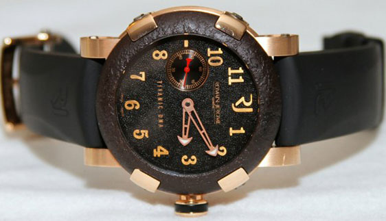 Wristwatch Romain Jerome Titanic DNA T-OXY III