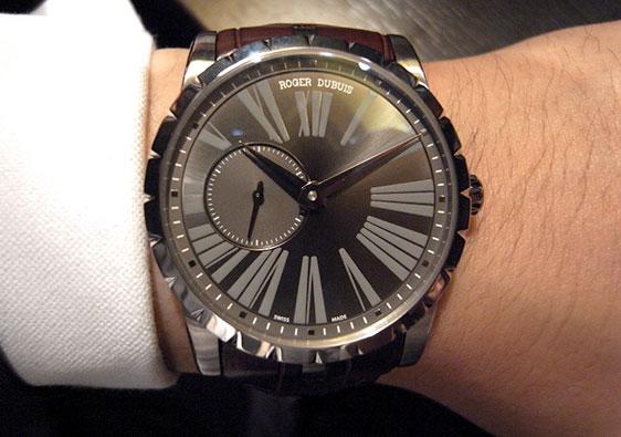 Наручные часы Roger Dubuis Excalibur 42